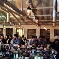 Foto scattata a Bistrotheque da Kristopher S. il 9/21/2012