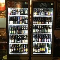 Foto tirada no(a) Titus Bar por Isabel A. em 7/19/2015