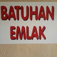 Photo taken at batuhan emlak ofisi by Hasan K. on 6/27/2014