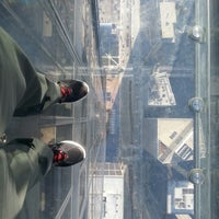 Photo taken at Skydeck Chicago by Ulisses C. on 11/17/2012