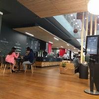 Foto tirada no(a) Work Cafe Santander por Manu F. em 3/13/2017