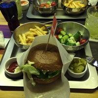 Снимок сделан в The Burger пользователем Ann S. 10/17/2014