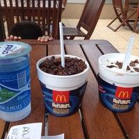 รูปภาพถ่ายที่ McDonald's โดย Juliano L. เมื่อ 2/19/2013