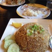 Photo taken at Side Street & Sushi Bar by I - Thai by Awatif A. on 5/19/2014
