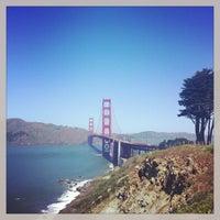 Foto scattata a Golden Gate Overlook da Pamela N. il 4/10/2013
