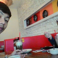 Photo taken at Pizza Hut by Syed A. on 12/3/2015