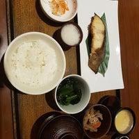 Photo taken at OOTOYA (โอโตยะ) 大戸屋 by Nara G. on 6/9/2017