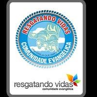 Photo taken at Comunidade Evangelica Resgatando Vidas by Walmir F. on 4/27/2014