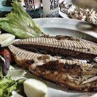 8/30/2017 tarihinde Ahmet T.ziyaretçi tarafından Athena Balık Restaurant'de çekilen fotoğraf