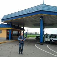 Photo taken at АЗС-7 Белнефтехим by Olga L. on 4/28/2014