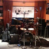 Photo taken at Le'Rock Cuajimalpa by Le'Rock Cuajimalpa on 1/31/2014