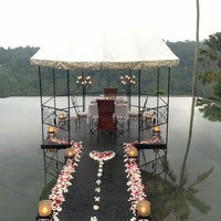 Photo taken at Kupu Kupu Barong Resort And Tree Spa by Kei S. on 3/29/2013