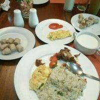 Photo taken at Pandanaran Hotel Semarang by Maria C. on 1/2/2017