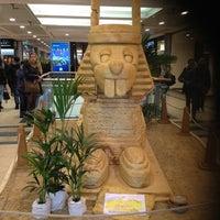 Das Foto wurde bei Luisen Center von Ju M. am 3/16/2013 aufgenommen