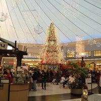 รูปภาพถ่ายที่ Park City Center โดย Jim H. เมื่อ 11/25/2012
