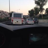Photo taken at 11855-Yeşildere Üst Geçit 2-(Durak) by ömür a. on 8/12/2014