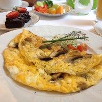 Photo taken at Restaurant Musala by Umut Arpacı on 10/24/2014