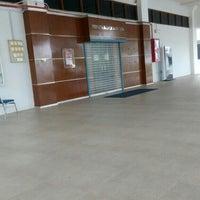 Photo taken at Perpustakaan Peringatan Zaaba by 🌸 Wannie 🌸 on 5/7/2016