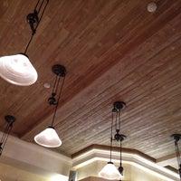 Снимок сделан в Est!Cafe пользователем Cyrill C. 2/18/2015