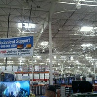 Photo taken at Costco Wholesale by Hector C. on 10/7/2012