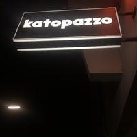 Das Foto wurde bei Katopazzo & die Totem Bar von Günay Ö. am 11/11/2015 aufgenommen