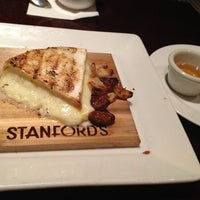 Photo taken at Stanford's Restaurant by PurplejinG on 12/28/2012