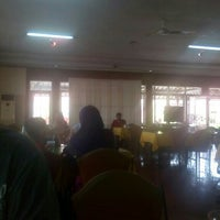 Photo taken at Restoran Taman Pringjajar by Jeanne H. on 8/8/2015
