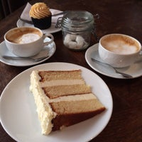 Photo taken at Sugarplum Cake Shop by hrk_cb on 3/19/2014