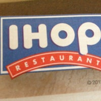 Photo taken at IHOP by Big Buda™ on 11/30/2012