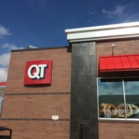 Photo taken at QuikTrip by Joel H. on 4/13/2014