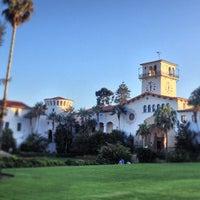 Foto tomada en Santa Barbara Courthouse por Peter C. el 9/29/2012