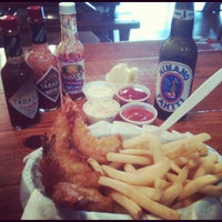Photo taken at Thousand Oaks Fish & Chips by Hector G. D. on 11/2/2012