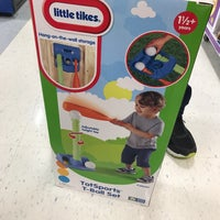 """Photo taken at Babies """"R"""" Us / Toys """"R"""" Us by Stefani F. on 5/5/2017"""