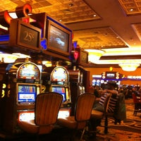 Photo taken at Horseshoe Casino Hammond Diamond lounge by Sabrina S. on 4/6/2013