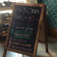 9/5/2018 tarihinde Jacob H.ziyaretçi tarafından Philz Coffee'de çekilen fotoğraf