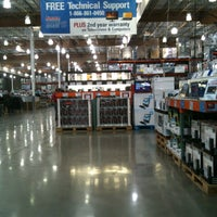 Photo taken at Costco Wholesale by Gyu Young J. on 10/29/2012