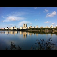 Foto scattata a Jacqueline Kennedy Onassis Reservoir da Angie S. il 10/1/2012