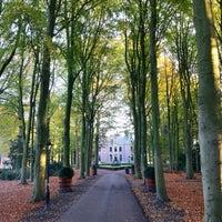 Photo taken at Kasteel Oud Poelgeest by Adri N. on 11/11/2016