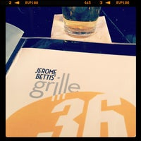 Photo taken at Jerome Bettis' Grille 36 by John W. on 11/28/2012