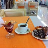 Снимок сделан в Ресторан Отеля Измайлово-альфа пользователем Dmitrii S. 7/24/2015