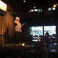 Photo prise au The Warehouse Restaurant par Bob Y. le4/24/2012