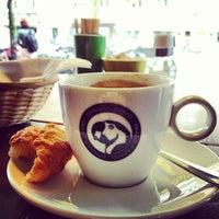 Foto tirada no(a) Brazuca Coffee por Ash A. em 5/6/2012