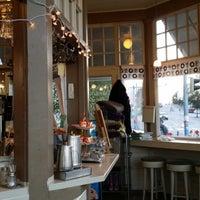 Das Foto wurde bei Café Mutteri von Riku N. am 9/5/2014 aufgenommen