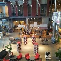 Photo taken at Sellon kirjasto by Riku N. on 9/20/2012