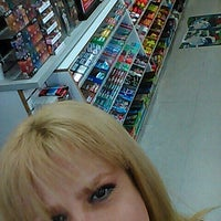 Photo taken at Quick Stop Liquor by Sands T. on 2/6/2016