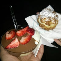 Photo taken at Choureal - Choux & Profiterole by George K. on 3/29/2015