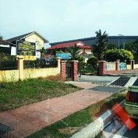 Photo taken at Sekolah Kebangsaan Tmn Tun Dr Ismail Jaya, Shah Alam, by chiq i. on 6/12/2013
