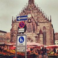 Das Foto wurde bei Hauptmarkt von 🌺Vera P. am 10/13/2012 aufgenommen
