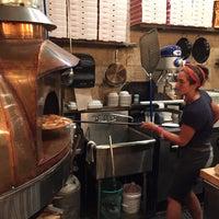Foto tirada no(a) Timber Pizza Company por Anthony M. em 9/23/2017