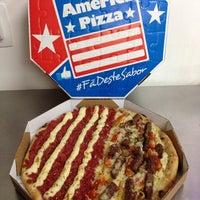 Foto tirada no(a) America Pizza por Murilo M. em 2/13/2014